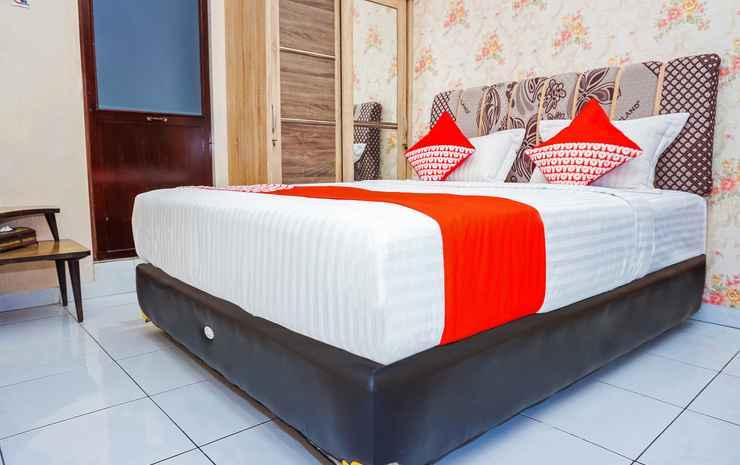 OYO 433 Nelvi Guest House Syariah Padang - Indonesia Deluxe Double