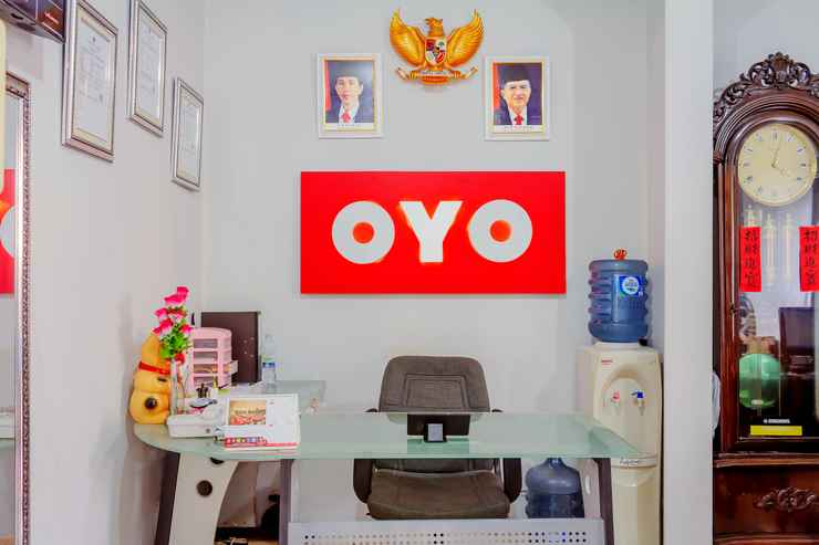 LOBBY OYO 208 G House Near RS Siloam Pasar Baru