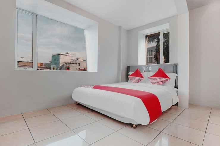 BEDROOM OYO 208 G House Near RS Siloam Pasar Baru