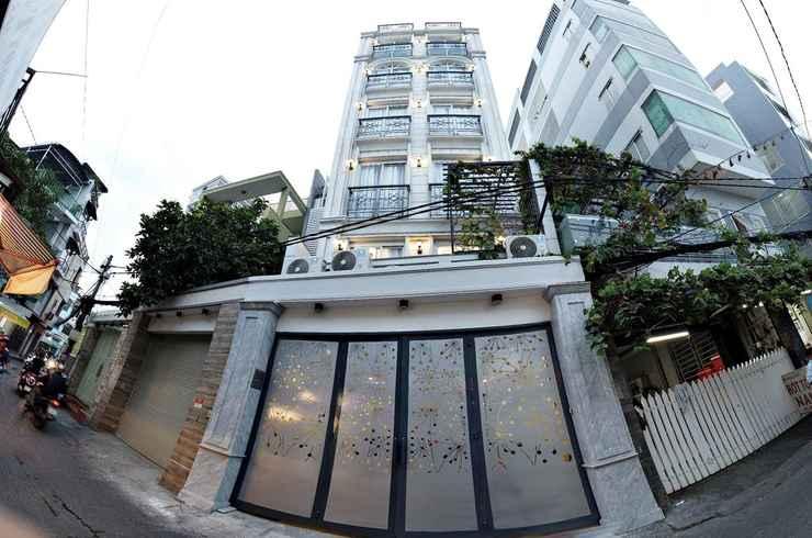 EXTERIOR_BUILDING Smiley Apartment 8