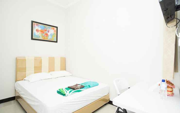 Waringin Guest House Tegal - Deluxe