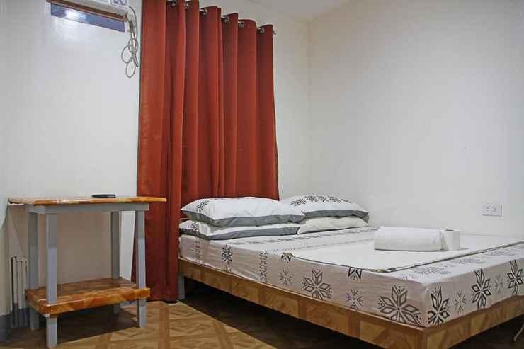 BEDROOM Mario's Travellers Inn