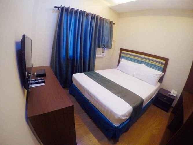 BEDROOM Golden Gate Suites