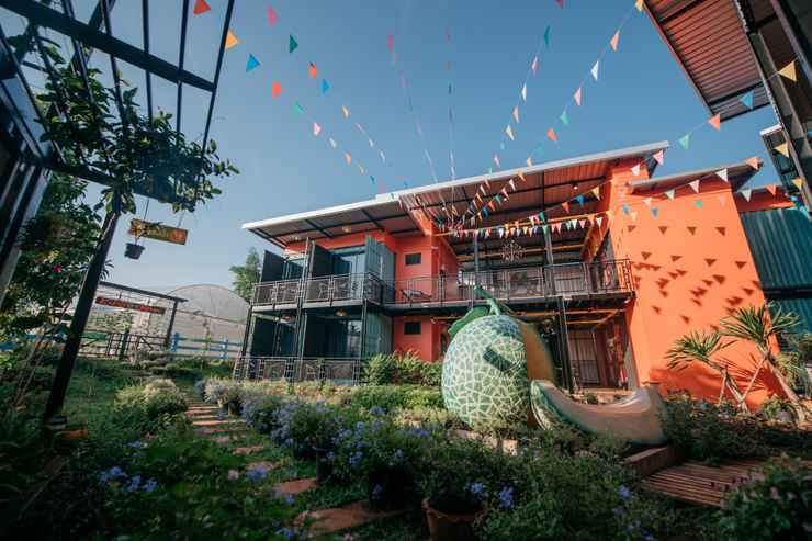 EXTERIOR_BUILDING Kipbox Hotel