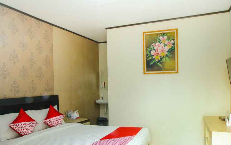 OYO 677 Rianes Family Guest House Lembang - Deluxe Double