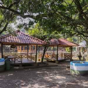 New Panjang Jiwo Syariah Resort