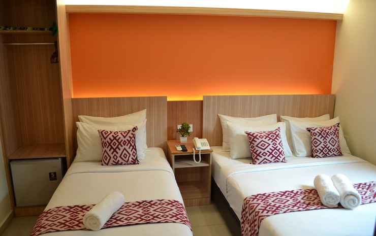 Sky Hotel @ Pudu Kuala Lumpur - Deluxe Triple Room