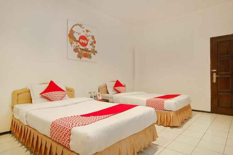 BEDROOM OYO 206 Hotel Candra Kirana Near RSUD Kota Yogyakarta