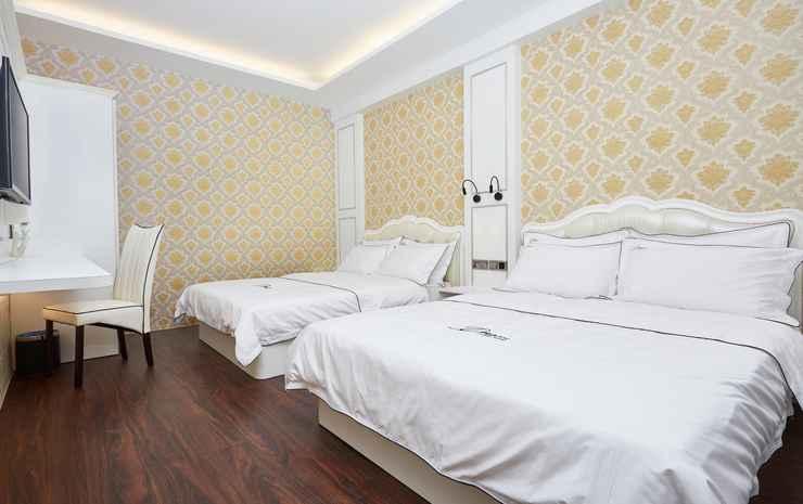 Dream Luxury Hotel Johor - Family Suites Golden Daisy Theme Room