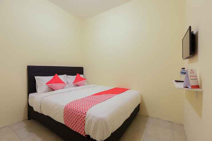 BEDROOM OYO 779 Mn One Residence Syariah