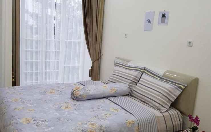 Villa Imam Bonjol Atas Kav 12 by N2K Malang - 3 Bedroom