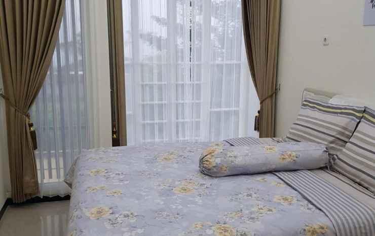 Villa Imam Bonjol Atas Kav 11 by N2K Malang - 2 Bedroom
