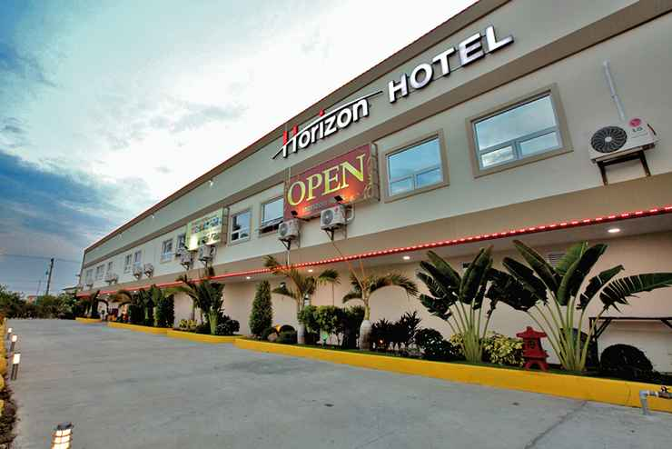 EXTERIOR_BUILDING Horizon Hotel Subic