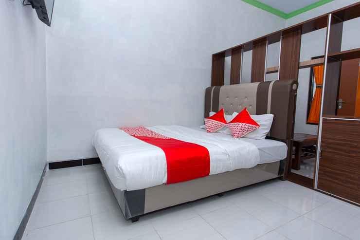 BEDROOM OYO 2873 Griya Annisa