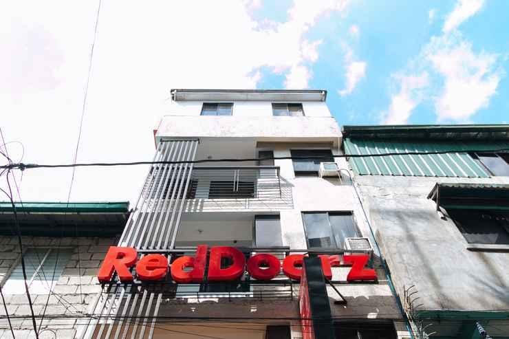 EXTERIOR_BUILDING RedDoorz @ DBuilders Rooms Ph2 Taguig - Quarantine Hotel