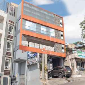 OYO 549 SAJJ BUILDING