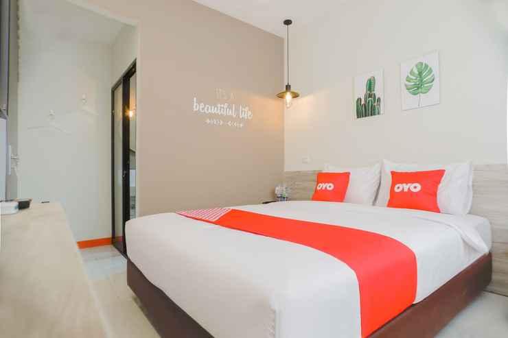 BEDROOM OYO 281 Hotelo