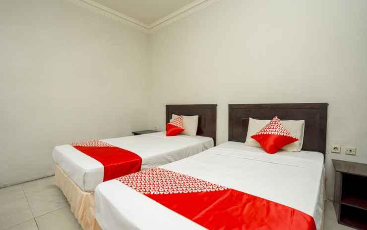 OYO 1005 Hotel Kumala Samarinda - Standard Twin