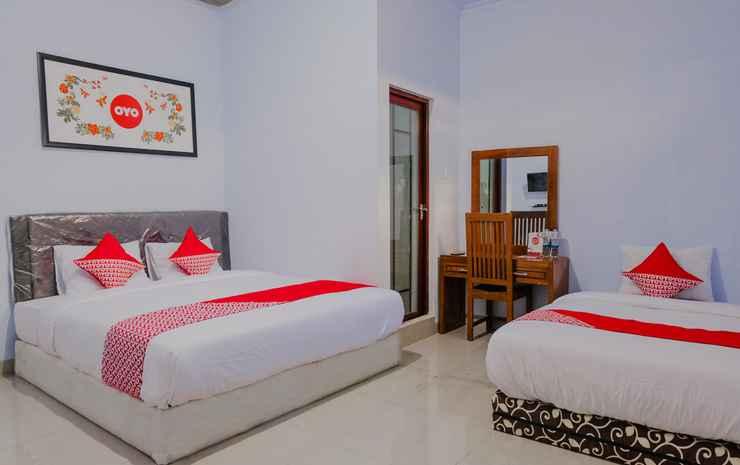 OYO 1109 Bing Jaya Guest House Malang - Suite Triple