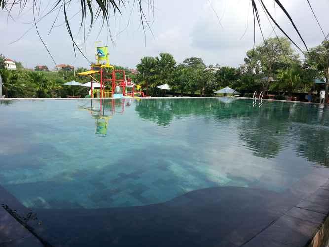 SWIMMING_POOL Villa Syariah MVR