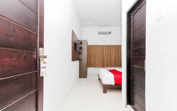 OYO 1129 Hotel Royal Palangka Raya - Deluxe Double