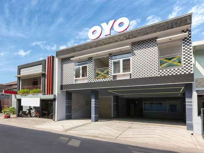 EXTERIOR_BUILDING OYO 1118 Artomoro Family Guesthouse Near RS Ludira Husada Tama