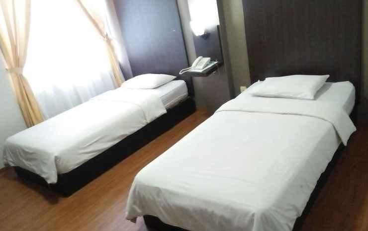 Hotel Femina Padang - Superior Room