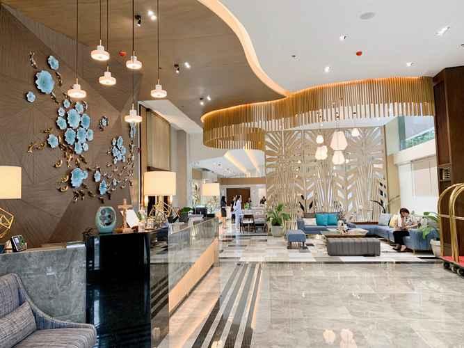 LOBBY J7 Plaza Hotel