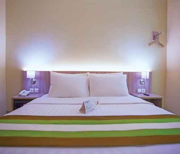 BEDROOM Grand Whiz Megamas Manado