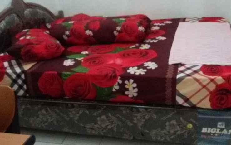 Julio Homestay Kupang - Standard Room  With Ac