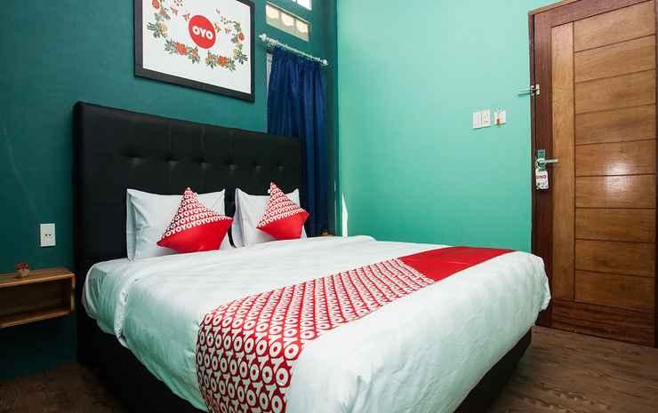 OYO 1052 Sentosa Jaya Guest House Syariah Medan - Standard Double