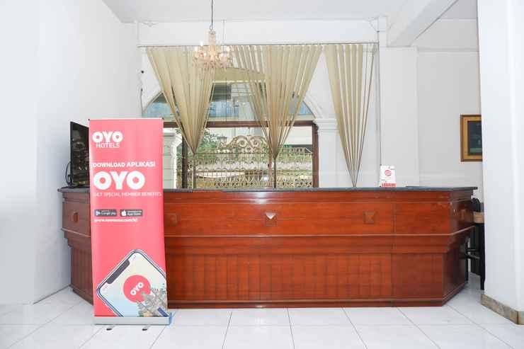 LOBBY OYO 1136 Hotel Surya Solo