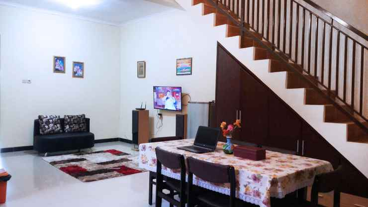 COMMON_SPACE Simply Homy Tegal