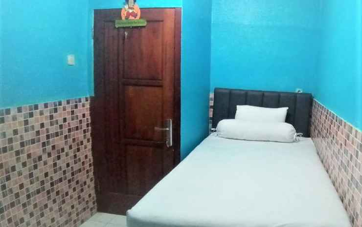 Harmony Homestay - Three Bedroom Malang - Three Bedroom