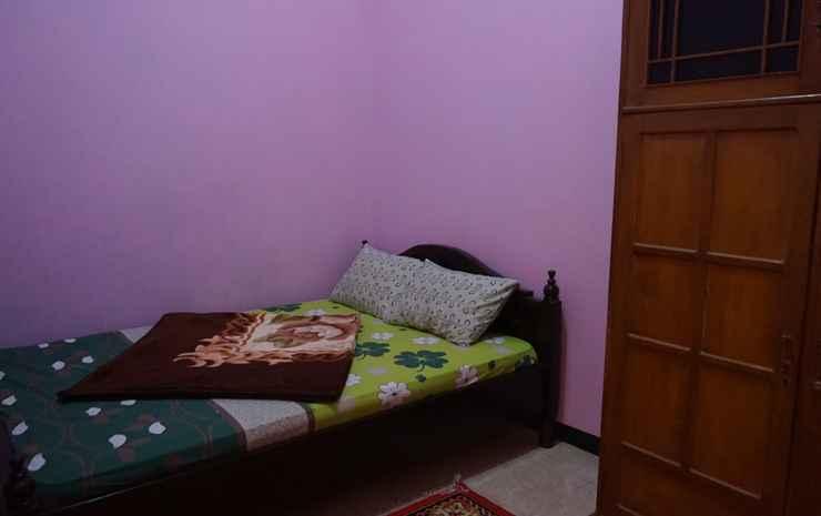 GS Homestay Family Malang - Three Bedroom