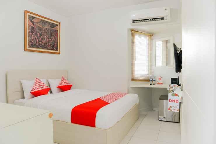BEDROOM OYO 1242 Aeropolis Apartment