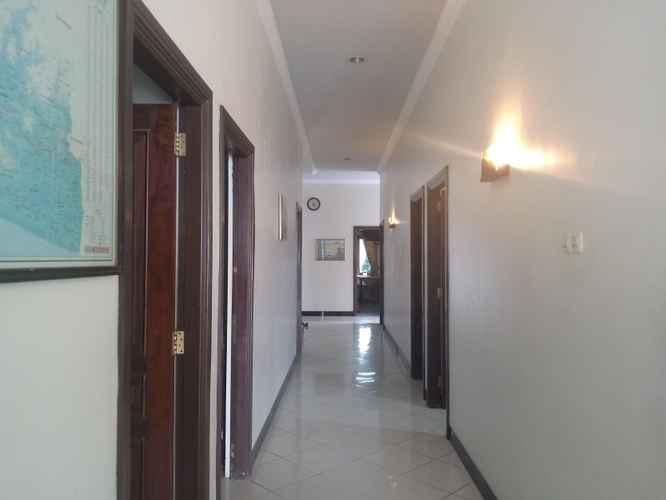 LOBBY Hotel Putra Syariah Kebumen