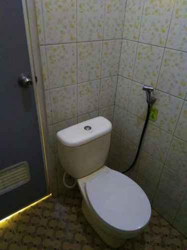 BATHROOM Simply Rooms Yogyakarta