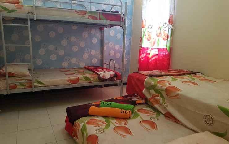 Backpacker Omah Warno Syariah near Tugu Yogyakarta - Kuning (Max. Check in 21.00)