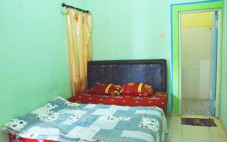Villa Andreas Malang - Three Bedroom