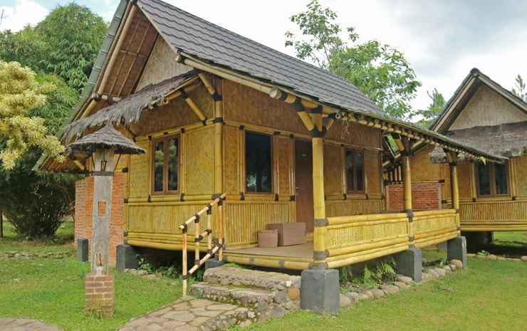 The Paseban, Kampung Budaya Sunda Bogor - Saung Ranggon