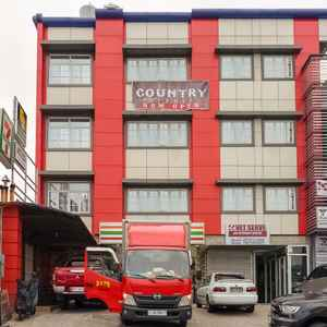 OYO 240 COUNTRY ARTIST HOTEL