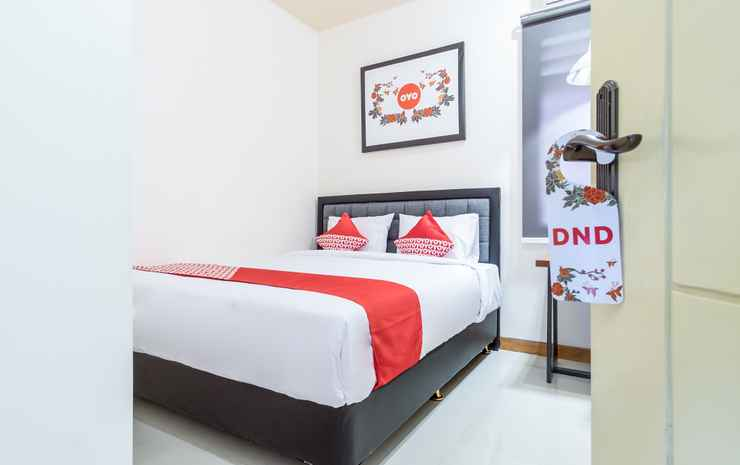 OYO 1249 Guest House 66 Medan - Deluxe Double