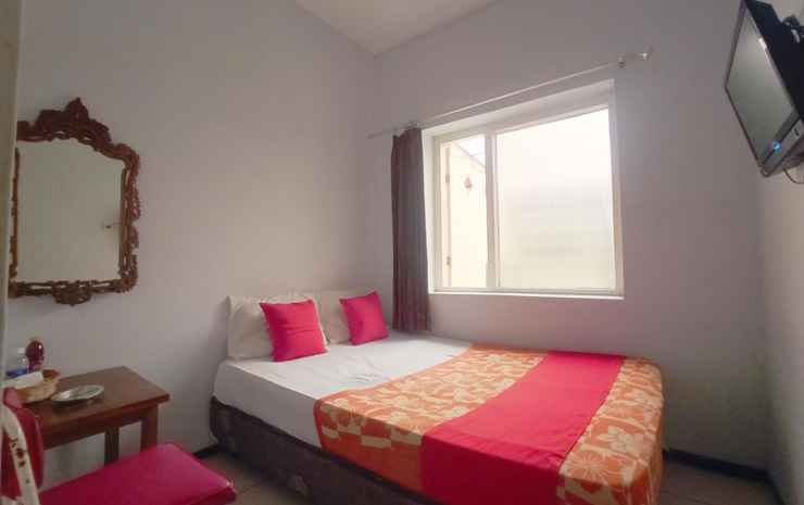 OYO 3956 Hotel Palem 2 Malang - Standard Double Room