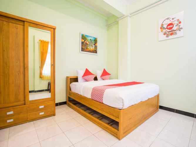 BEDROOM OYO 1419 Rhona Guest House Syariah Near RSUD Kota Yogyakarta