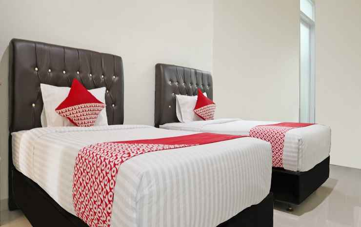OYO 1326 Mahakam Guest House Padang - Standard Twin