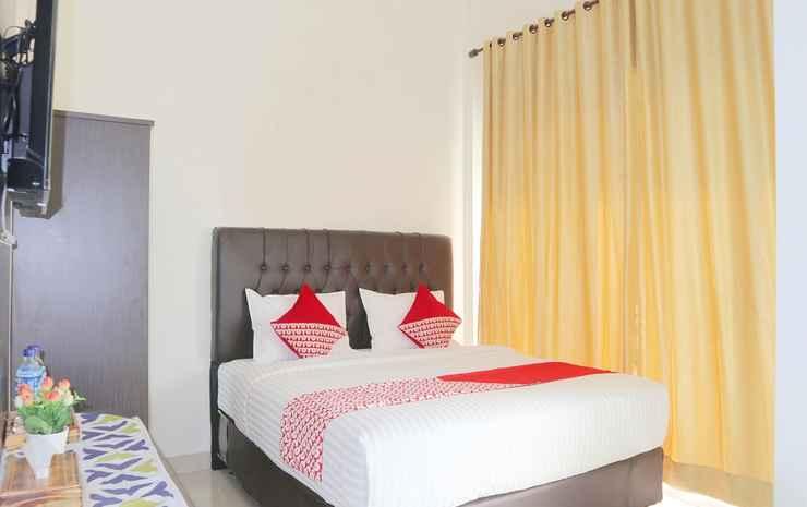 OYO 1326 Mahakam Guest House Padang - Standard Double