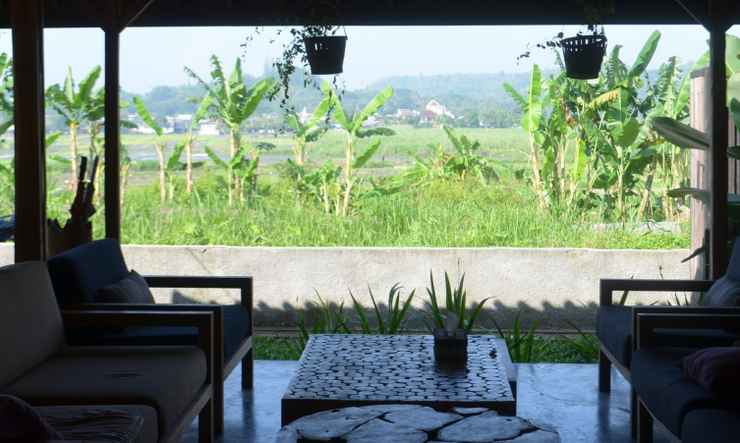 COMMON_SPACE Villa Kayu Yogyakarta