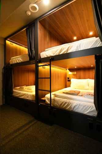 BEDROOM Wink Capsule Hostel @ Downtown