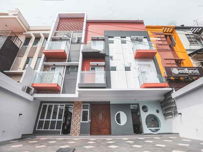 EXTERIOR_BUILDING OYO 1487 Residence Khoe Near RS Royal Taruma
